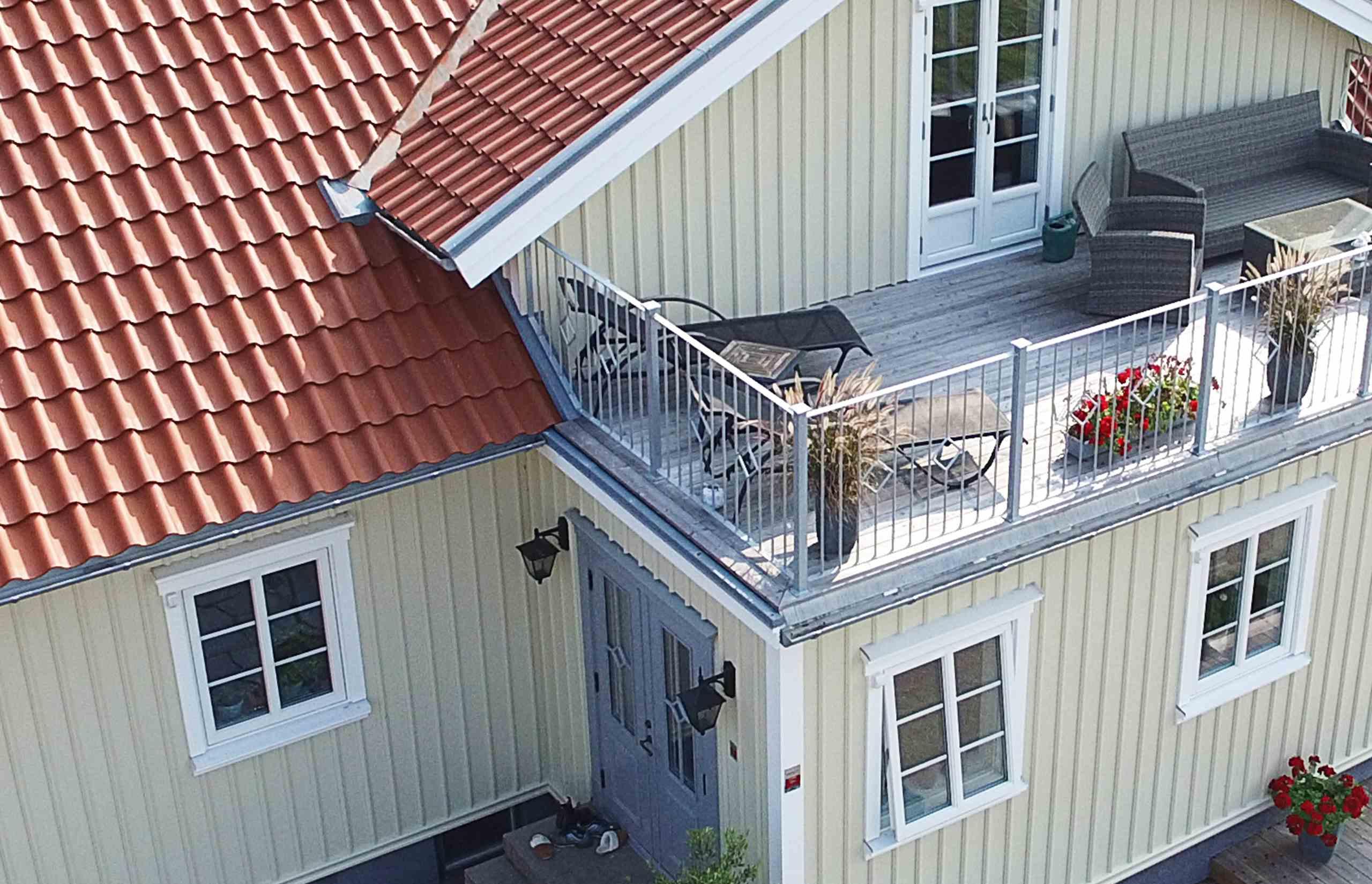 Takläggare som beställer takmaterial från Benders